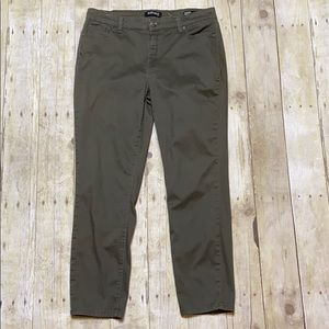 Buffalo David Bitton Daily Mid Raise Ankle Pants